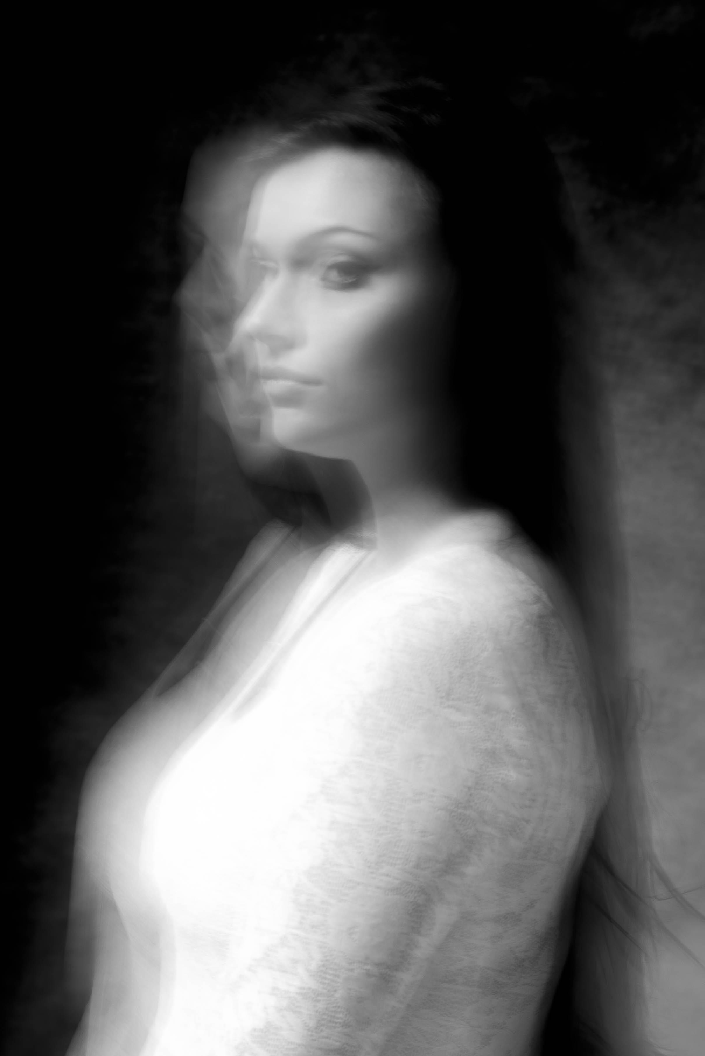 fotomodell i skugga